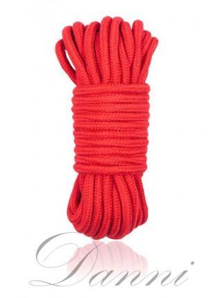 Красная верёвка для бандажа