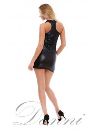 Черное платье из стрейч-кожи