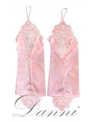 Рожеві весільні рукавички